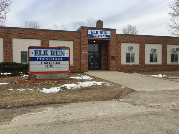 Picture of Elk Run building